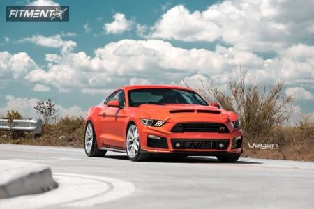 2015 Ford Mustang - 20x9 35mm - Velgen Vmb5 - Lowered on Springs - 255/35R20