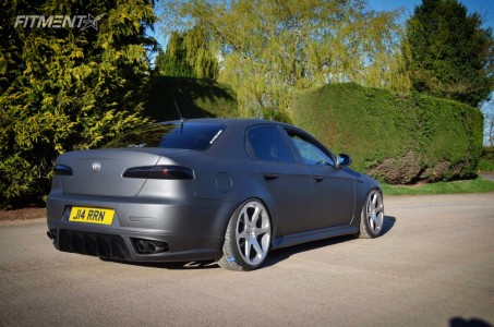 2009 Alfa Romeo 159 - 19x9.5 35mm - Cast13 RB1  - Coilovers - 225/35R19