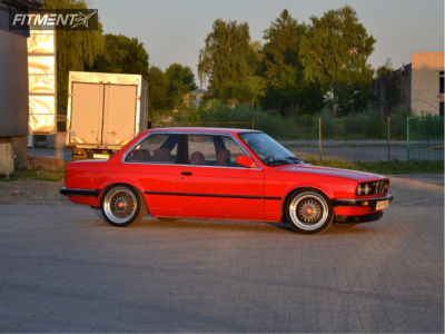 1985 BMW 318i - 17x8 0mm - BBS Rsii - Coilovers - 195/45R17