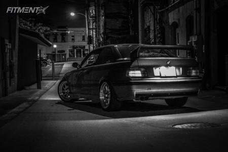1994 BMW 3 Series - 18x8.5 30mm - ESR Sr09 - Coilovers - 225/45R18