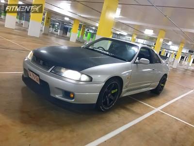 1995 Nissan GT-R - 18x10.5 15mm - Volk Te37sl - Coilovers - 265/35R18