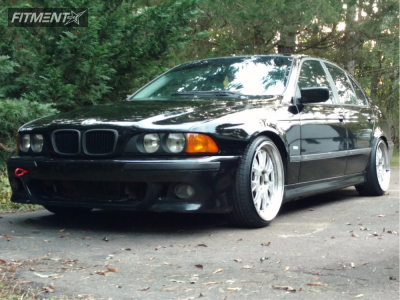 1998 BMW 525i - 19x9.5 20mm - Varrstoen Es5 - Coilovers - 225/35R19