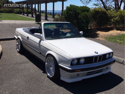 1991 BMW 3 Series - 17x8 35mm - BBS RC090 - Coilovers - 205/40R17