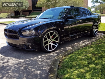 2012 Dodge Charger - 22x9 18mm - Factory Reproduction Viper - Stock Suspension - 265/30R22